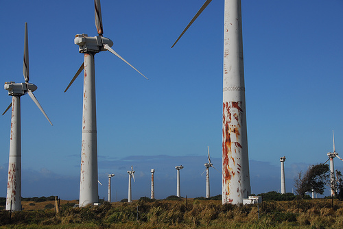 abandoned_wind_farm_hawaii.jpg
